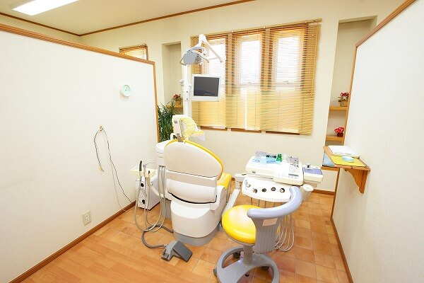 診療ユニット(4台)